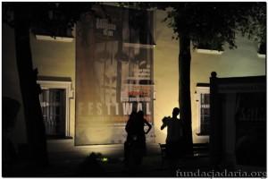 Plakat na budynku kargowskiego ratusza