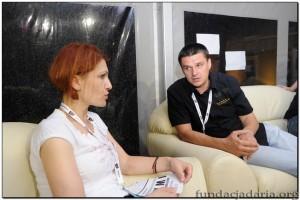 Katarzyna Traczyńska i burmistrz - Sebastian Ciemnoczołowski rozmawiają o festiwalu