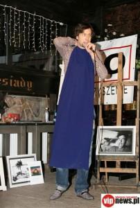 Szymon Majewski w sukience